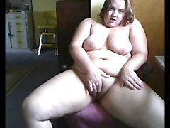 Fat BBW Teen GF masturbating her Wet Shaven Pussy