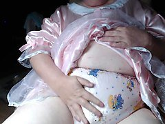 mature panty sissy in diapers and plastic panties