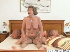Mature bitch brutally hatefucked by enraged man