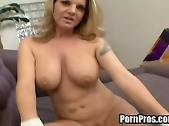 babe gets 3way creampie