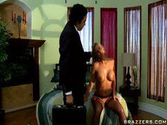 Cheating Wife Gets Involved In Dirty Threesome